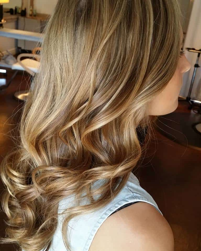 Blonde with Blonde Lowlights Women's Hair Style